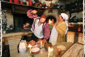 Giacomo E La Cuoca Patrizia Con Costumi D'epoca